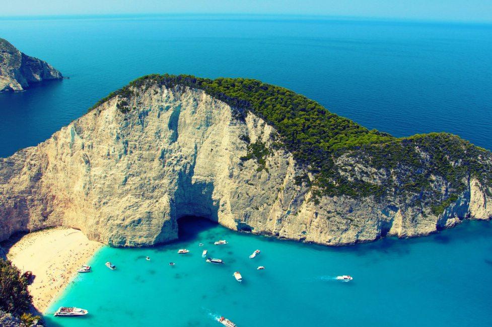 Полет на вертолете в Греции (фото 4)